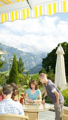 Familienferien Im Hotel Bellevue Adelboden Berner Oberland